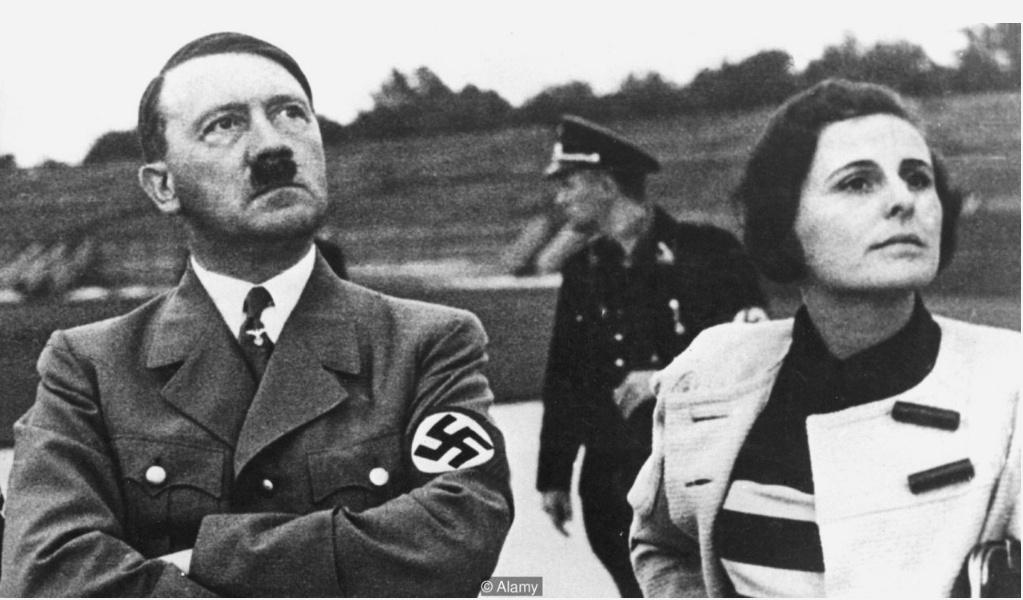 Hitler con la regista Leni Riefenstahl.