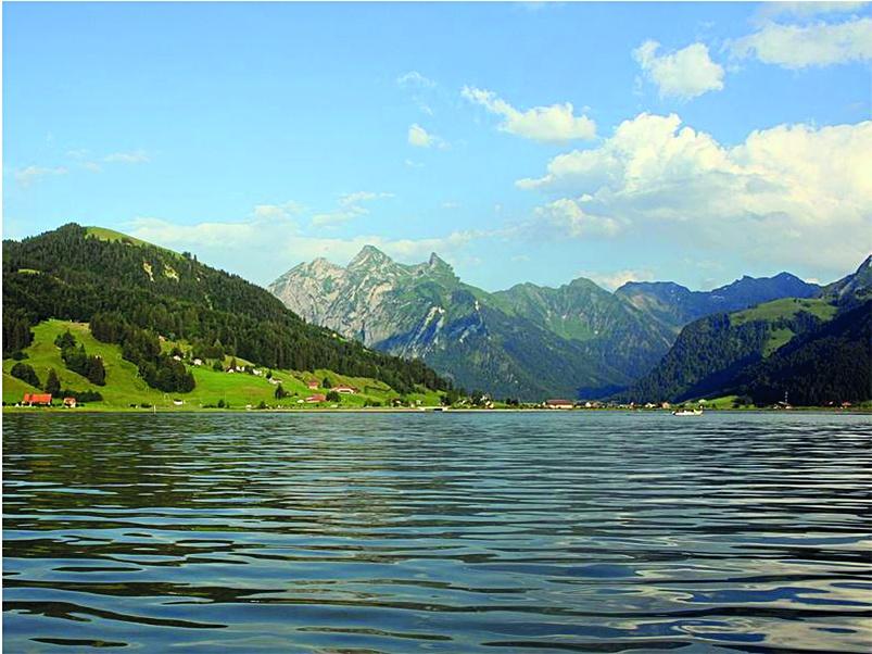 Il lago artificiale di Sihl.