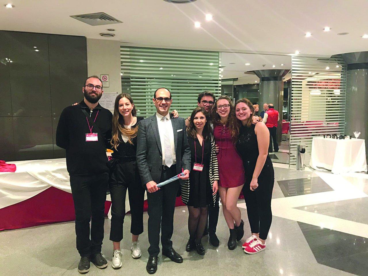 I giovani che hanno partecipato al Congresso del Collegamento a Cosenza.