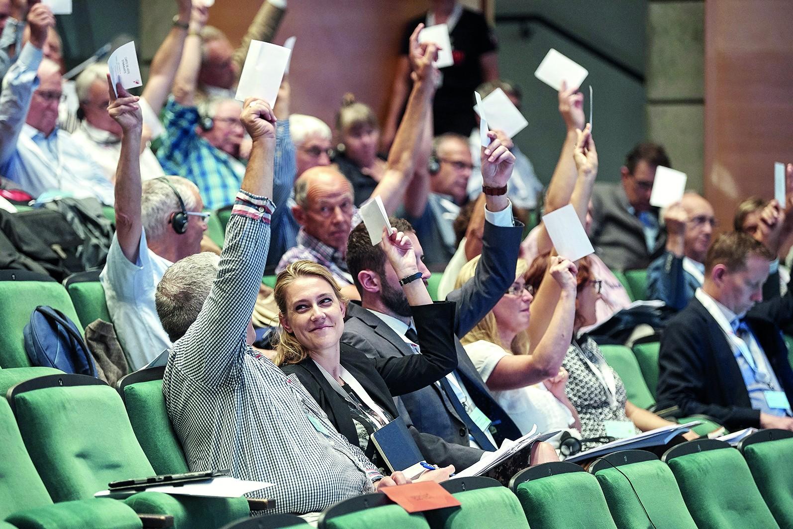 L'Assemblea plenaria del Congresso degli Svizzeri all'esteroa Visp.